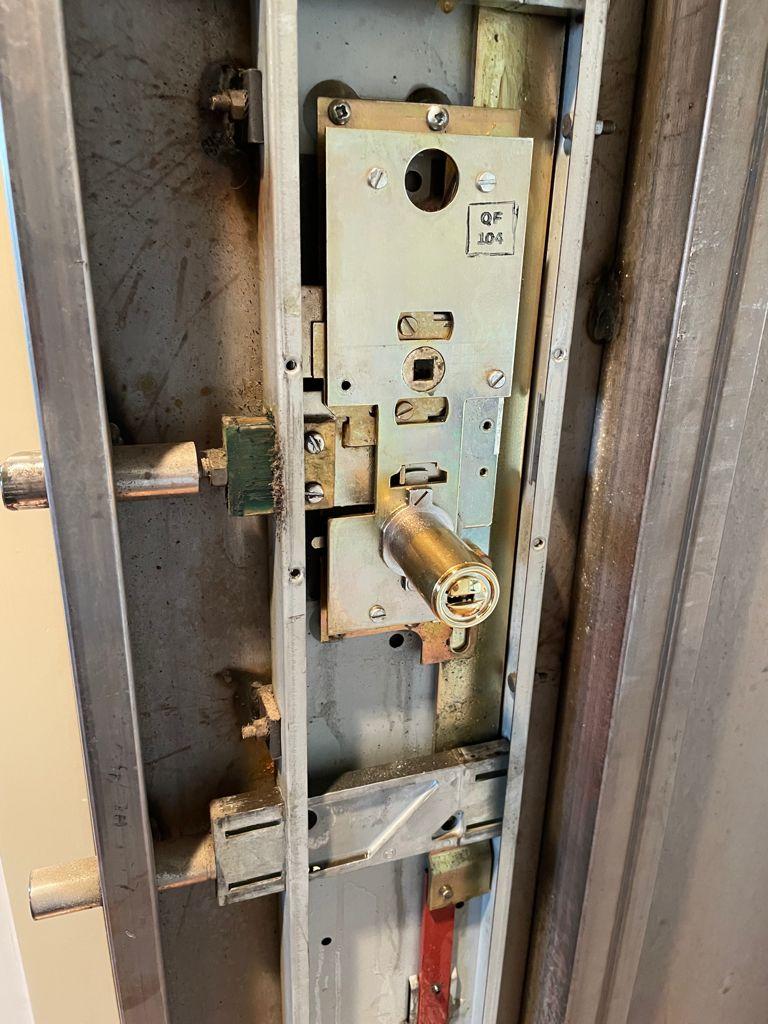riparazione-porta-bloccata-milano